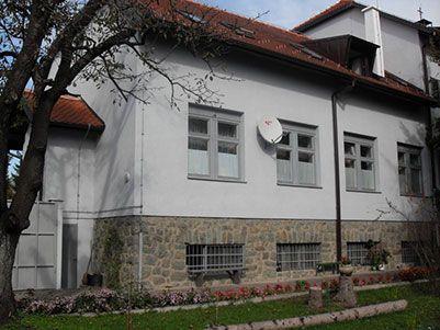 samostan-izvana